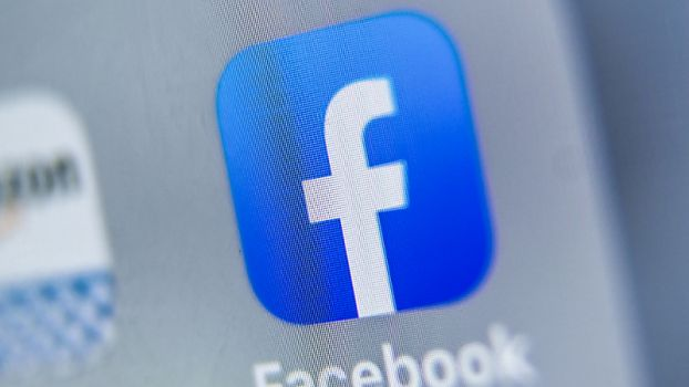 Facebook sperrte Hunderte Fake-Accounts