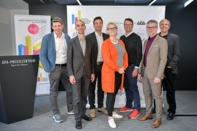 BILD zu OTS - Die fachkundige Jury des DBT-Awards 2019: Im Bild v.l.n.r.: Alexis Johann (Managing Partner und Executive Behavioral Designer FehrAdvice & Partners), Michael Nentwich (Direktor Institut fŸr Technikfolgen-AbschŠtzung der …sterreichischen Akademie der Wissenschaften), Patrick Pirchegger (Innovation Manager A1 Telekom Austria Group), Nicola Dietrich (Head of Content Strategy und Mitglied der GeschŠftsleitung styria digital one), Michael Schuster (Co-Founder und Partner Speedinvest), Gerald Bossert-Stumvoll (in Vertretung von Clemens Prerovsky, GeschŠftsfŸhrer APA-IT, Sponsor des DBT-Awards), Robert Sablatnig (UniversitŠtsprofessor der Technischen UniversitŠt Wien und Vorstand des Instituts fŸr Visual Computing & Human Centered Technology)
