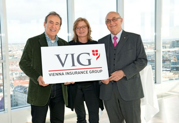 John Mark (Mark&Mark), Mag. Barbara Hagen-Grötschnig (Marketingleitung), Dr. Günter Geyer (CEO Vienna Insurance Group).© VIG